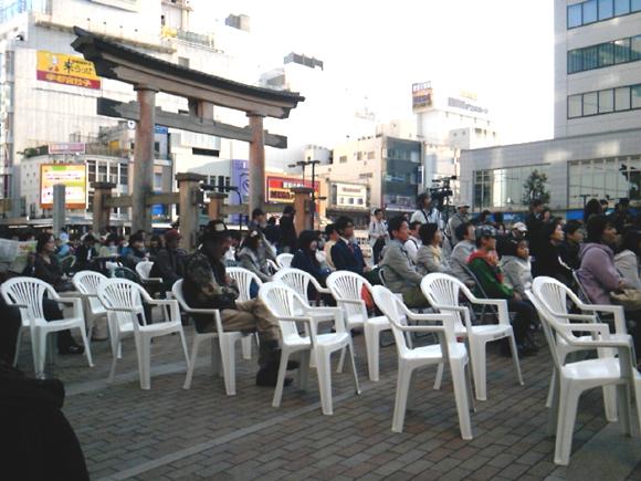 ミヤストリートギグ・二荒神社前ステージ南.jpg
